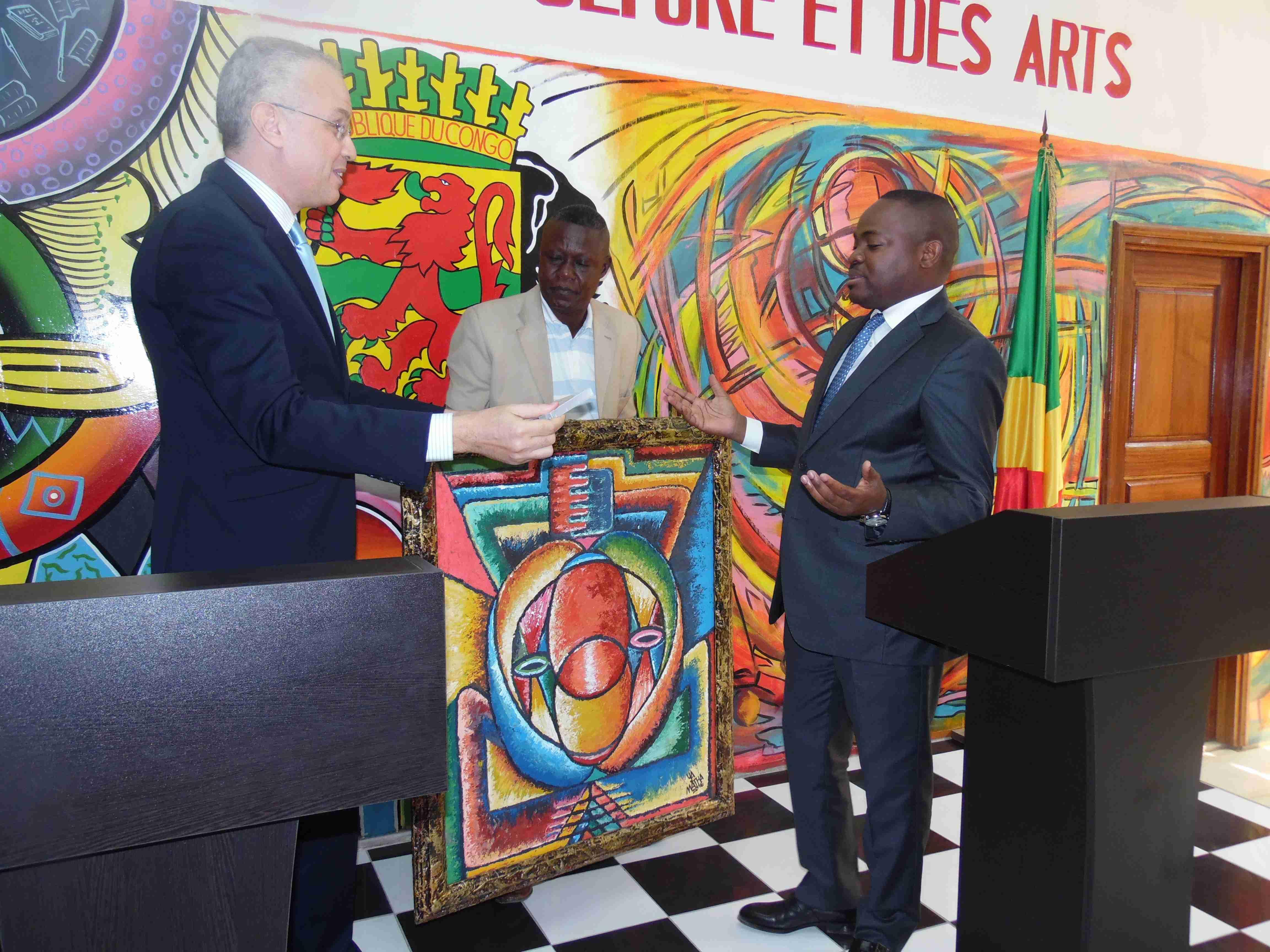 Rencontre du Directeur Général de LCB BANK avec le Ministre de la Culture et des Arts